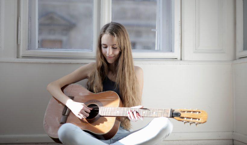 radioamiga, free, online, radio, music, quedate en casa
